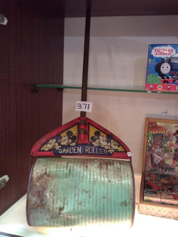 Mickey Mouse Garden Roller