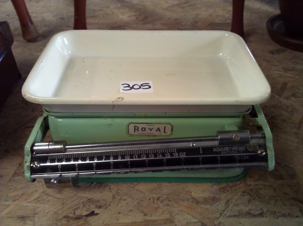 Vintage Enamel Scales