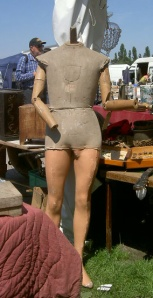Unusual jointed male mannequin