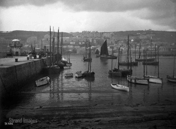 Vintage Smeaton's Pier